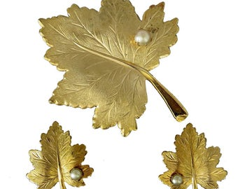 Vtg Sarah Coventry Whispering Leaf Demi Parure Goldtone Faux Pearl Accents