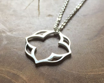 Moroccan Lotus - necklace with an outline pendant with a Moroccan feel. Silvertone, cute, steel, lotus, indian, delicate, minimal