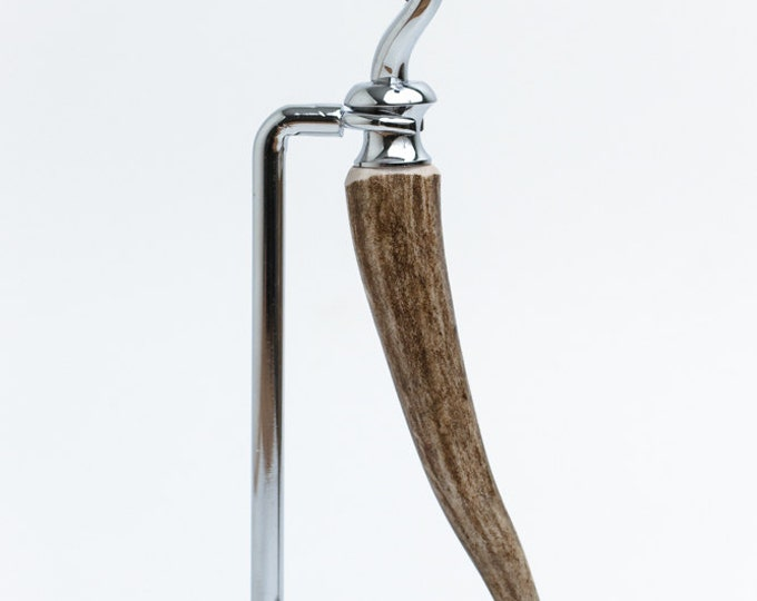 Hand Turned Whitetail Deer Antler Gillette Mach3 Razor with Chrome Stand