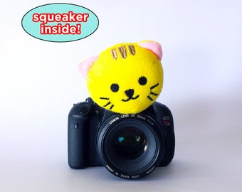 Baby Photo Props, Baby/Kids/Children Photographer Gifts, Camera Photography Accessories, Camera Lens Buddy Squeaker Animal, Gift New Mom/Dad