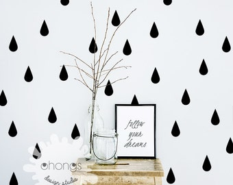 Raindrop Wall Decal / 60 Raindrop Wall Sticker / Gold Wall Decal / Pattern Wall decal / Nursery decal / Office Decal / Kitchen Decal / gift