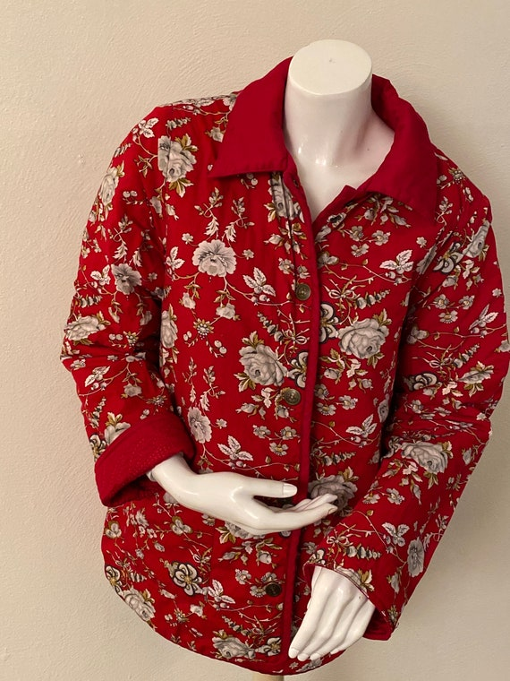 Reversible red quilted jacket - image 6