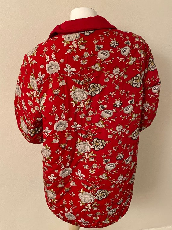 Reversible red quilted jacket - image 7