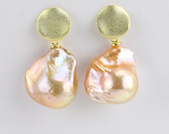 15-16 Mm énorme Perle Baroque Boucles D/'oreilles 18K Placage Or Naturel Natural Teardrop
