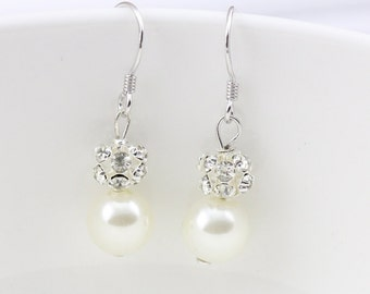 Bridesmaid earrings,bridal pearl earrings,ivory pearl and crystal earrings,rhinestone wedding earrings,glass pearl earrings,bridesmaid gift