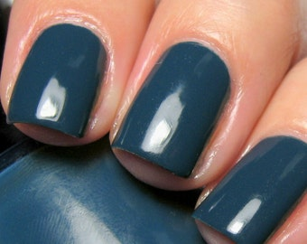 Cry Me a River - 15 ml - deep steel blue creme - indie polish by ALIQUID Lacquer