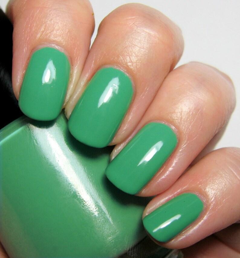 Lovely Rita  15 ml  emerald green creme  indie polish by image 0