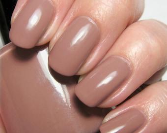Dear Yoko - 15 ml - light chestnut brown creme - indie polish by ALIQUID Lacquer
