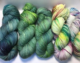 Schone Handgefarbte Wolle Von Lakshmisdesigns Auf Etsy