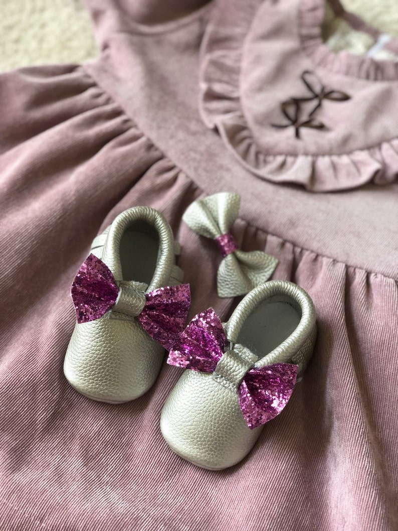 Unique Baby Gift Monogrammed Mom Gift New Mom Gift Baby Girl Gift Monogrammed Moccasins Glitter Bow /& Matching Bow Clip- Baby Girl Gift