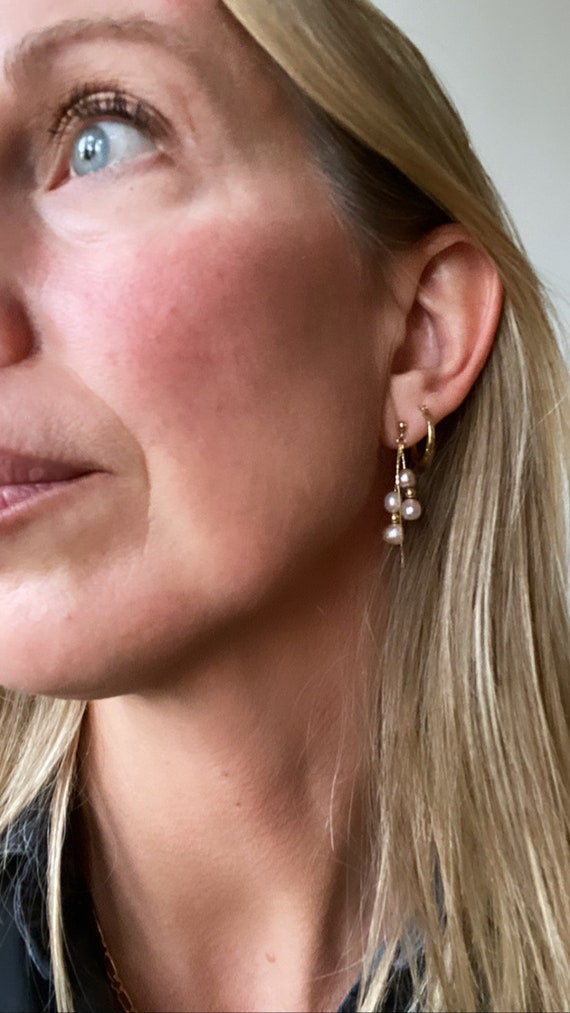 Vintage pearl and gold earrings. 14kt gold and pe… - image 3