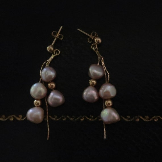 Vintage pearl and gold earrings. 14kt gold and pe… - image 2
