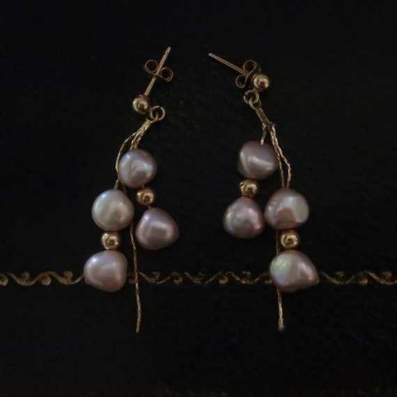Vintage pearl and gold earrings. 14kt gold and pe… - image 1