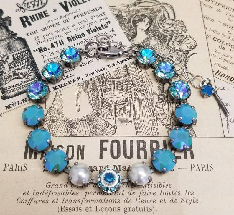 7d53e6f4d TURQUOISE embellished-Swarovski ss39 ombré Cream pearl   Etsy