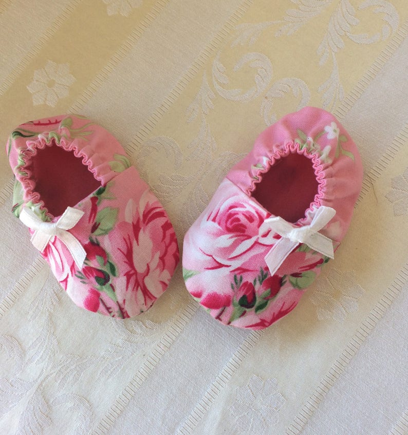Baby girls booties handmade baby girls shoes crib shoes image 0
