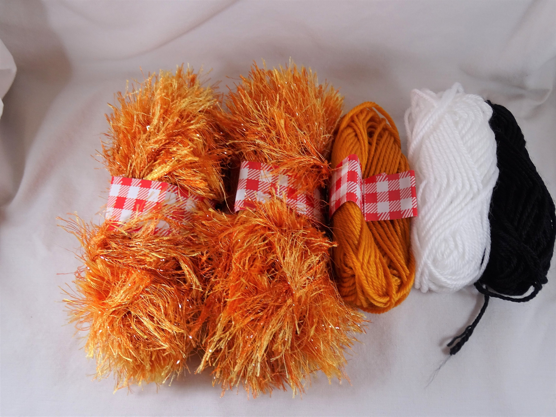 Lot 5 Skeins Orange Eyelash Yarn orange white black Yarn