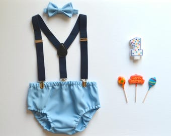Cake Smash Outfit Boy -- First Birthday Ouftit Boy -- Navy Suspenders & Blue Bow Tie with Blue Diaper Cover