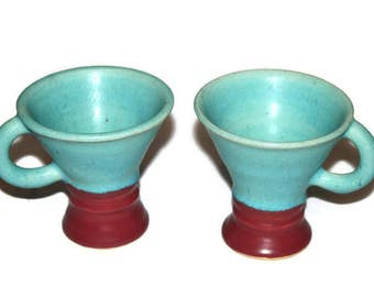 Pair of Art Deco American Art Pottery Coffee Mugs Chocolate Mugs In Turquoise and Burgundy, Signed