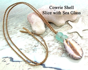 Unisex Cowrie Shell Necklace / UNISEX / Faux Sinew Choker / Beach Jewelry / Surfer Necklace / Sea Galss Necklace / Shell Necklace / Choker