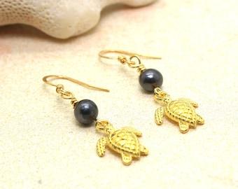 Gold TURTLE Earrings / Beachy Boho Earrings / Turtle Earrings / Tropical Earrings / Beach Wedding / Pearl Earrings