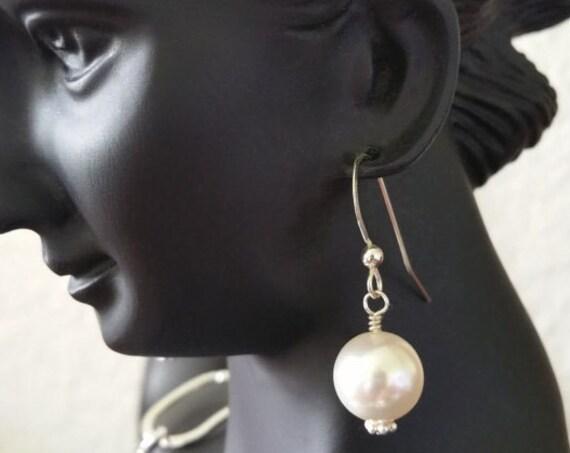 Pearl Earrings, Elegant Earrings, Bridal Earrings, Sterling Silver Earrings, Dangling Earrings - Mother's Day Gift