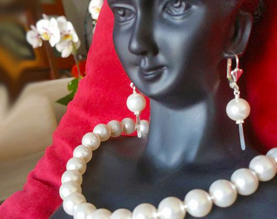 Pearl Earrings, Dangling Earrings Elegant Earrings, Bridal Earrings, Sterling Silver Earrings,
