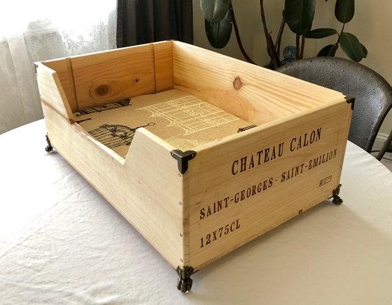 lit pour chien de caisse de vin vin bo te en bois etsy. Black Bedroom Furniture Sets. Home Design Ideas