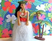 Vintage Hawaiian Souvenir DASHBOARD HULA DOLL K.C. Company Aiea, Hawaii