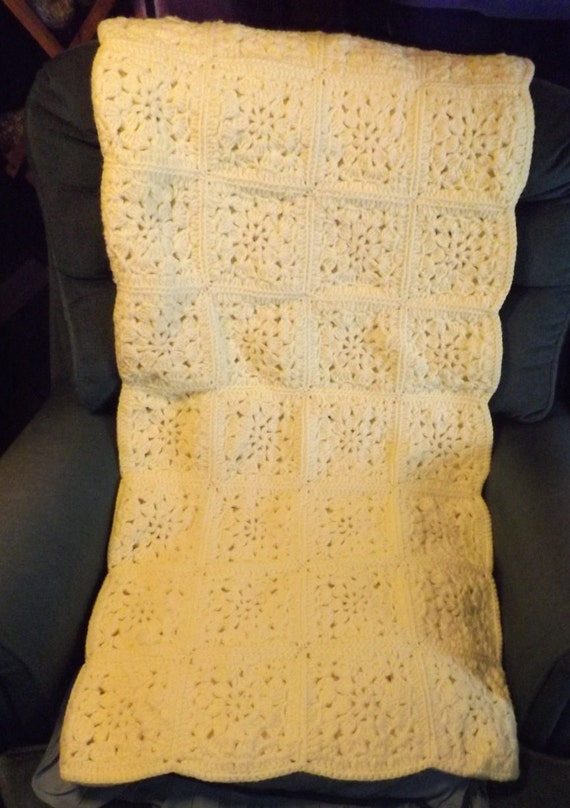 Acrylic Throw Granny Squares Baby Blanket Wheelchair Blanket Yellow Crocheted 40 Square Lap Afghan Child/'s Small Afghan Sofa Afghan