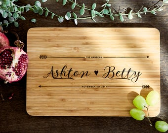 Christmas Gift Ideas - Custom Name chopping board for couples - Personalised Cutting board - Weddings - Engagement - Anniversary CB#21