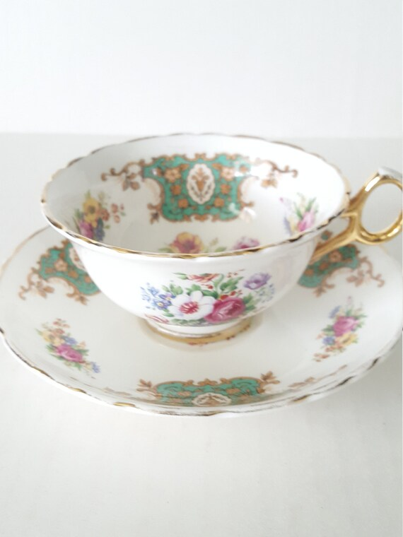 Tea Party Dinner Party Luncheon Vintage Mismatched China Blue Floral 4pc Place Setting For Wedding Bridal Shower Hostess Gift,
