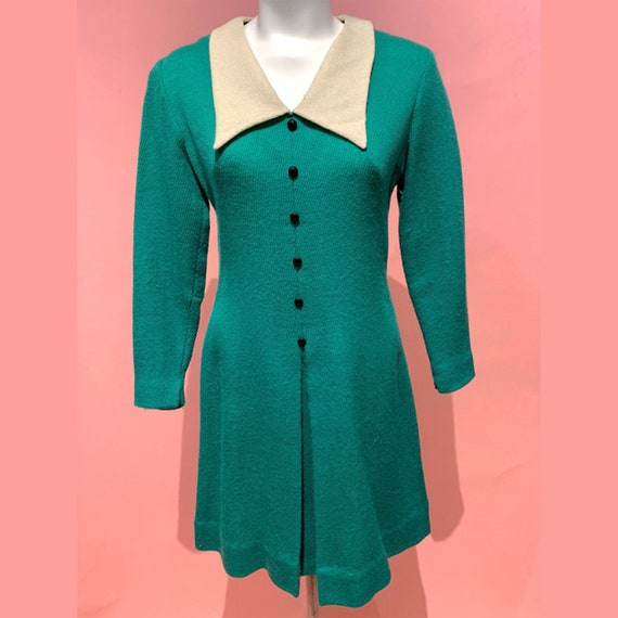 1960's Oversized Collar Wool Knit Button Front Dre