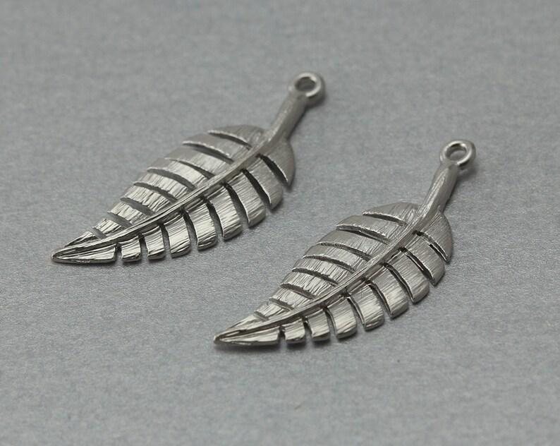 Leaf Pewter Pendant Matte Original Rhodium Plated 10 Pieces  C1199S-010