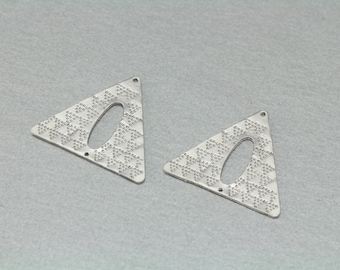Triangle Pewter Connector . Matte Original Rhodium Plated . Pewter Framed . 10 Pieces / C1173S-010