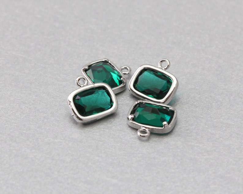 Emerald Oval Glass Pendant Polished Gold Plated Brass Framed 10 Pieces  G1036G-EM010
