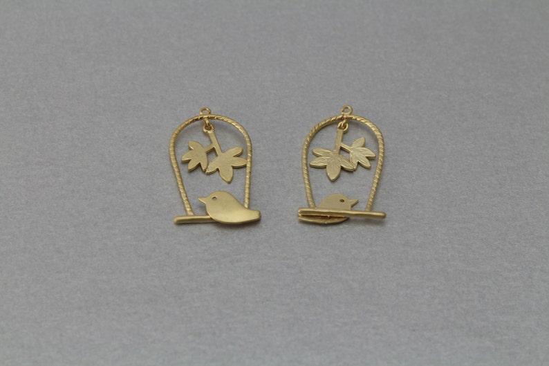 Matte Gold Plated 10 Pieces  C3101G-010 Bird Brass Pendant
