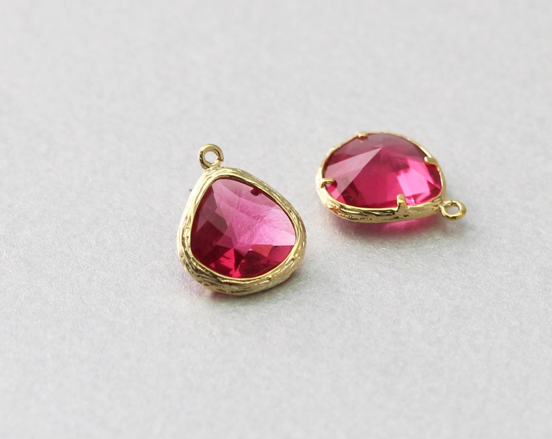 Polished Gold Plated 10 Pieces  G1004G-FC010 Brass Framed Fuchsia Teardrop Glass Pendant