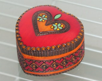 Jewelry box wooden heart chest