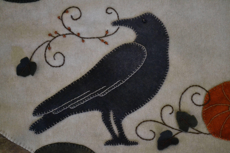 Wool Applique E Pattern October Crow Wool Penny Rug Pattern Black Crow Pumpkins Bittersweet Vines