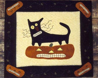 Wool Applique e-Pattern pdf WHISKERS the CAT & PUMPKIN Penny Rug Black Cat Pumpkin Primitive Jack-o-Lantern