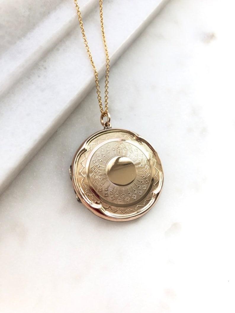 1920/'s Round 9ct Gold Back /& Front Locket Necklace Art Deco 9ct Gold Round Locket Pendant