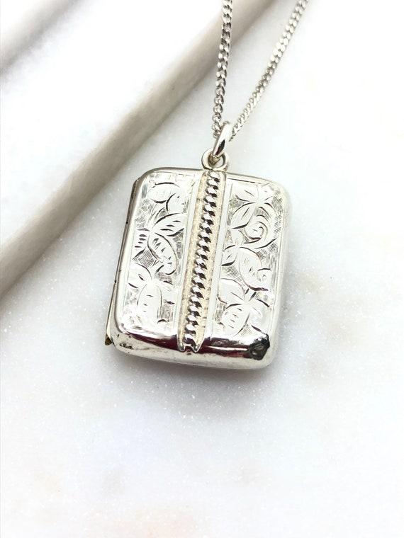 Antique Victorian Sterling Silver Locket Pendant N