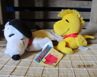 Vintage Applause Peanuts Stuffed Beanie Bean Bag Plush Toys Snoopy Woodstock c41c3712f3a5