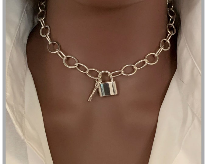 Silver Pad Lock Charm Necklace, Charm Necklace, Bold Necklace, Chunky Chains, Statement Jewelry for Women, Bold Necklace, Christmas Sale