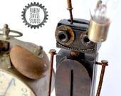 Steampunk Robot Sculpture...