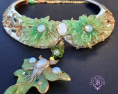 Luna Moth Art Nouveau opals bib necklace, Statement collar floral butterfly necklace,Butterfly jewellery, Insect jewellery, Nature jewellery