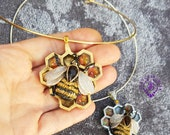 Bee choker necklace Honeycomb statement necklace Amber necklace Insect necklace Honey Bee charm Bee jewelry Bumblebee necklace Polymer clay