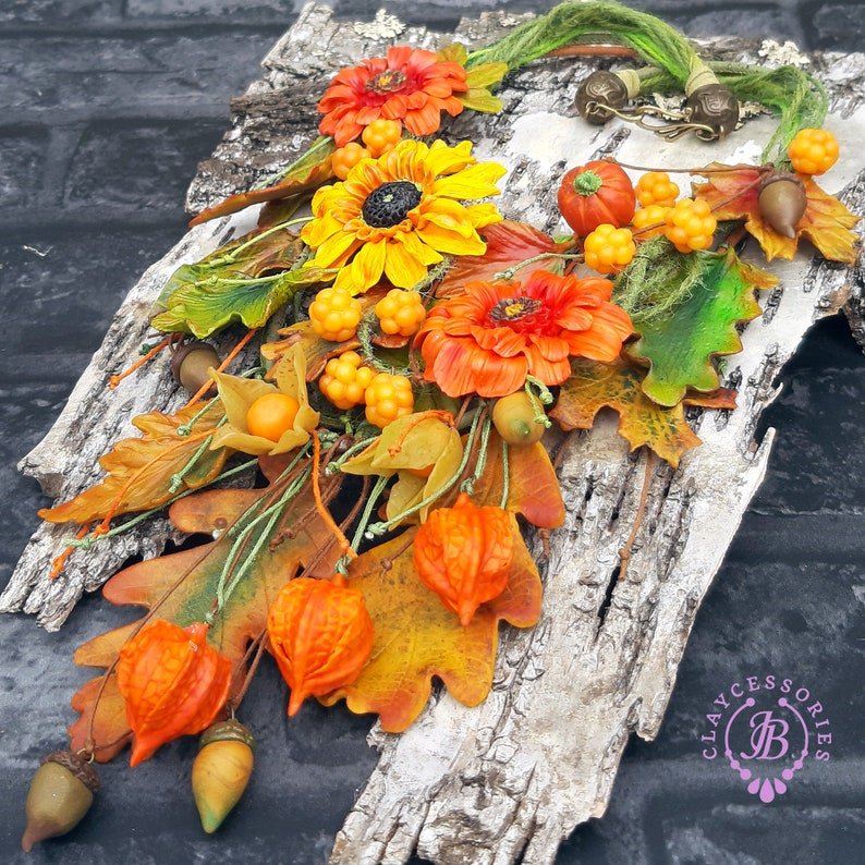 Fall leafs flowers necklace Autumn necklace Woodland image 0