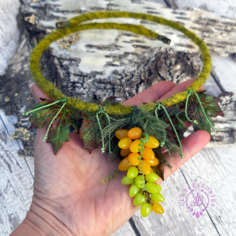 Grapes necklace Autumn leafs necklace Fall festive necklace image 0