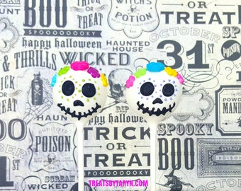 Sugar skull cake pops. Coco cake pop. Day of dead cake pops. Halloween cake pops. Halloween treats. Halloween. Dis de los muertos cake pop
